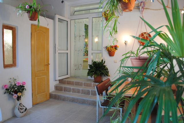 Романтический номер с итальянским двориком в частном секторе
